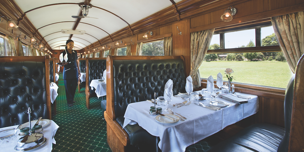 Rovos Rail Dining car service