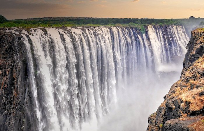 vic falls waterfall