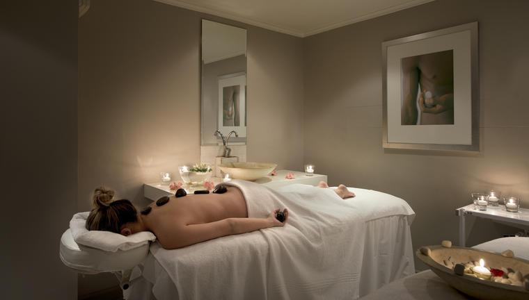 Commodore Hot Stone Massage