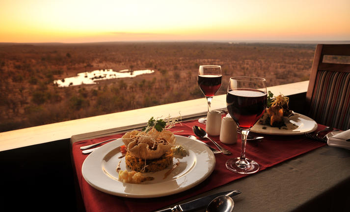 MaKuwa-Kuwa restaurant at victoria falls safari lodge