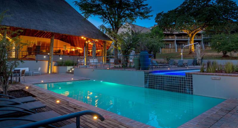 chobe bush lodge pool